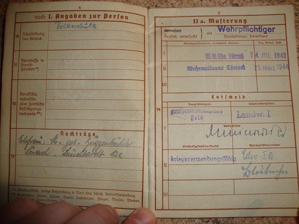 Traduction militarpass et wehrpass d'un suisse ayant combattu pour les allemands Dsc02066jh