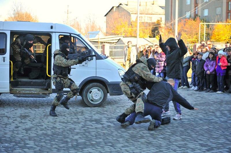 Ukrainian Armed Forces / Zbroyni Syly Ukrayiny - Page 6 Uhk5ccy21de