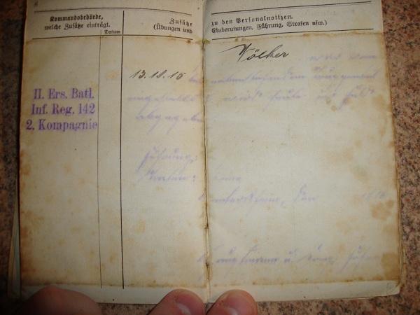 Traduction militarpass et wehrpass d'un suisse ayant combattu pour les allemands Dsc02058f
