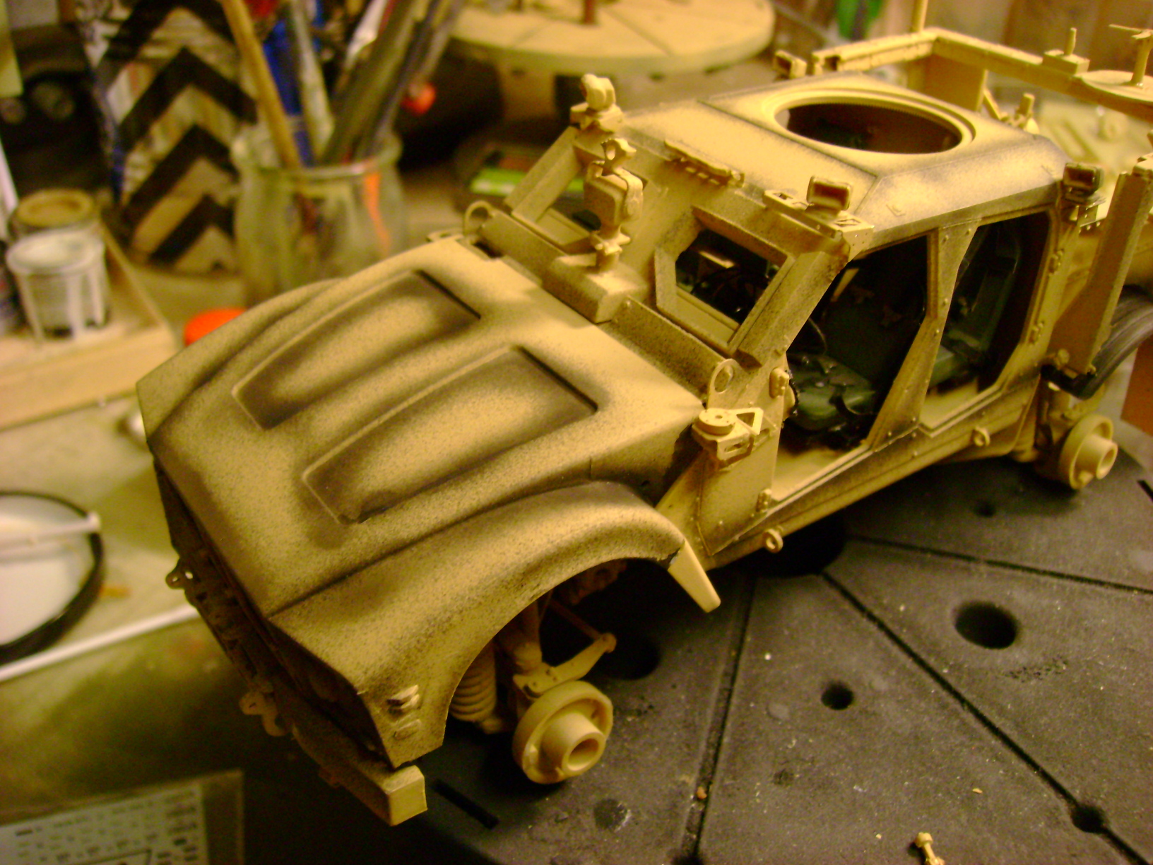 M-ATV Oshkosh....Kit Panda 1/35...Projet terminer !!!!!!!!!! ENFIN !!!!!!!!! - Page 4 130at