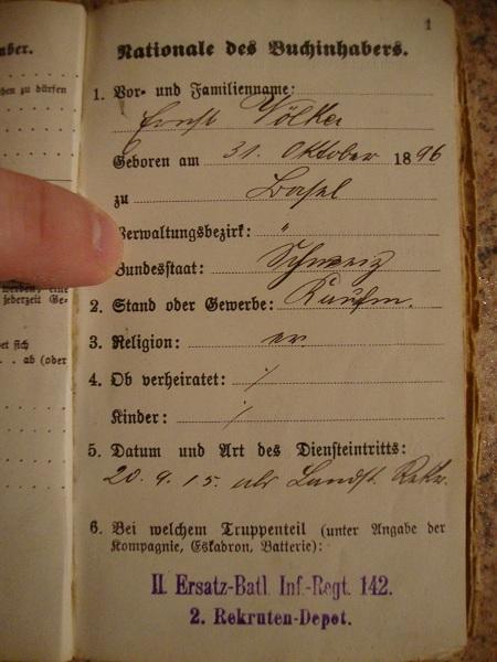 Traduction militarpass et wehrpass d'un suisse ayant combattu pour les allemands Dsc02055p