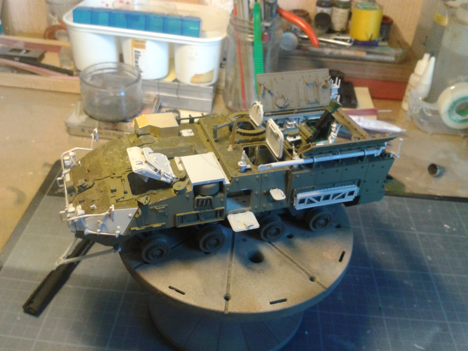 Stryker M1129 Mortar Carrier MC-B ...Montage terminé !!!! - Page 2 624k