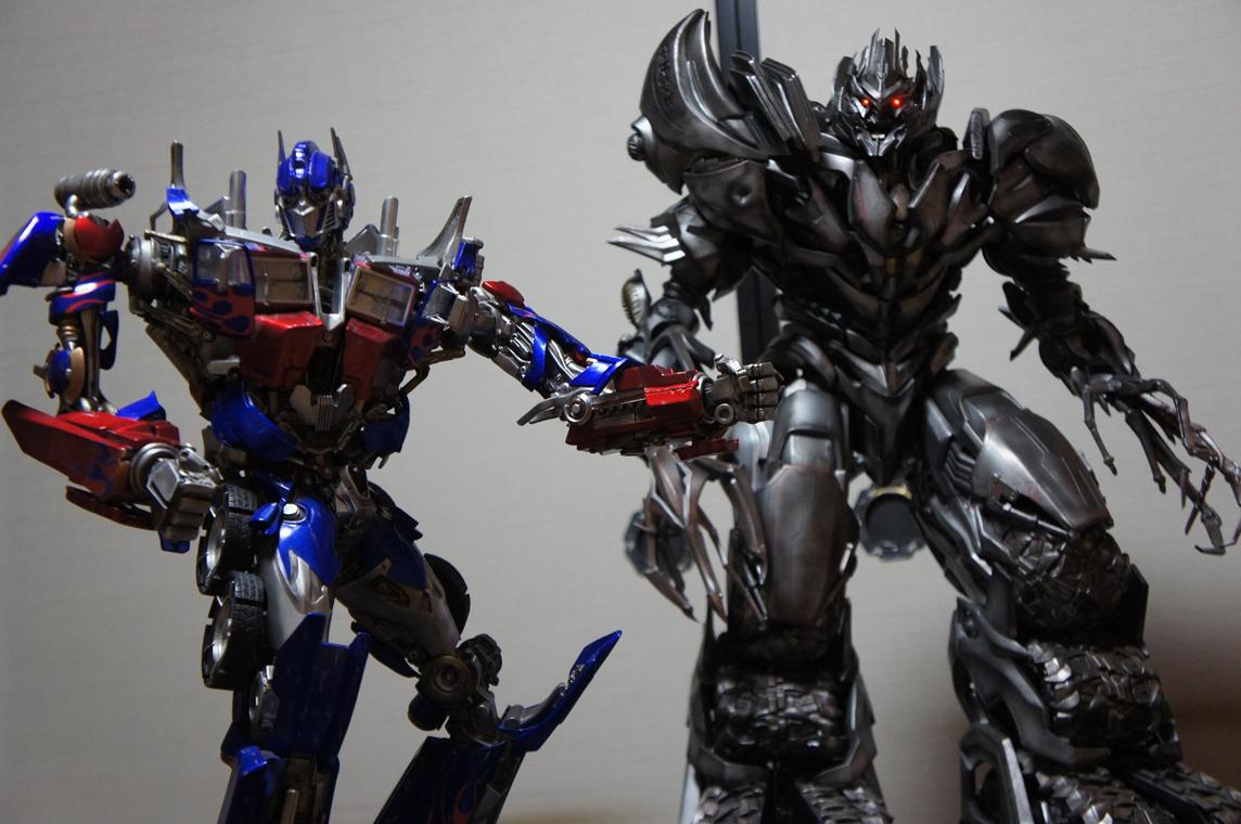 [Prime1Studio] Transformers: Revenge of The Fallen: Megatron Polystone Statue - Página 2 Rj46