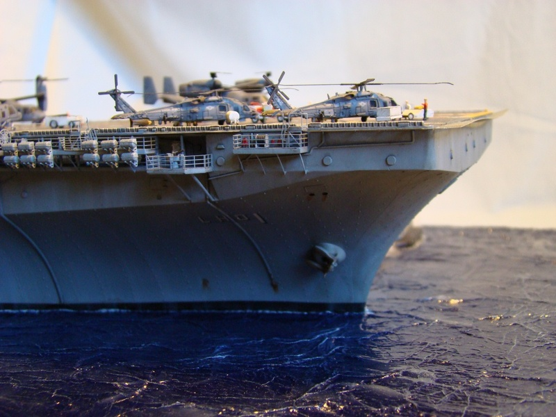 USS WASP LHD-1 1/350 Revell  Dsc09183c
