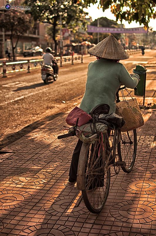 Hình ảnh Người Mẹ nghèo Hinhanhnguoimengheo02