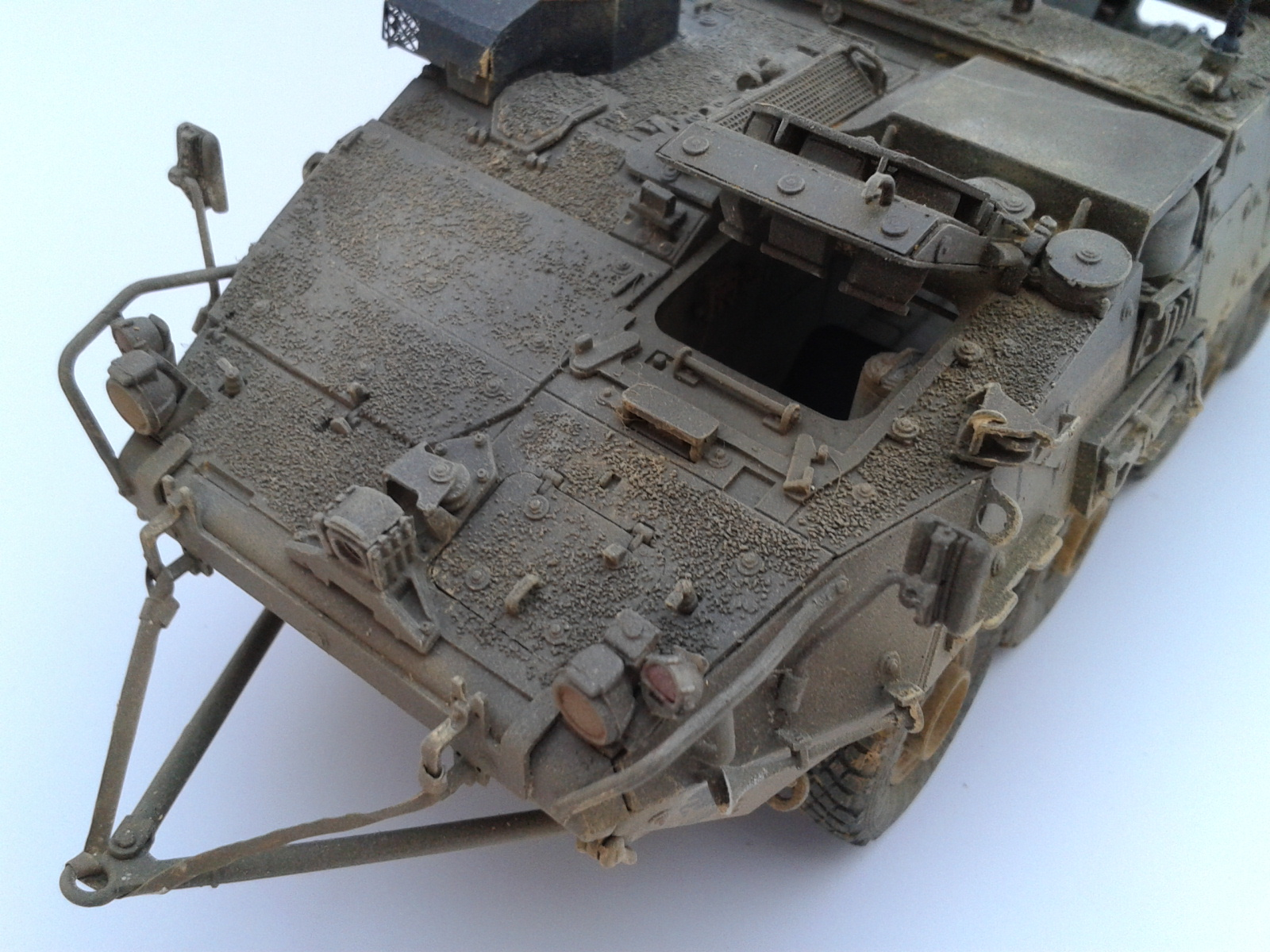 Stryker M1129 Mortar Carrier MC-B ...Montage terminé !!!! - Page 2 0v4i