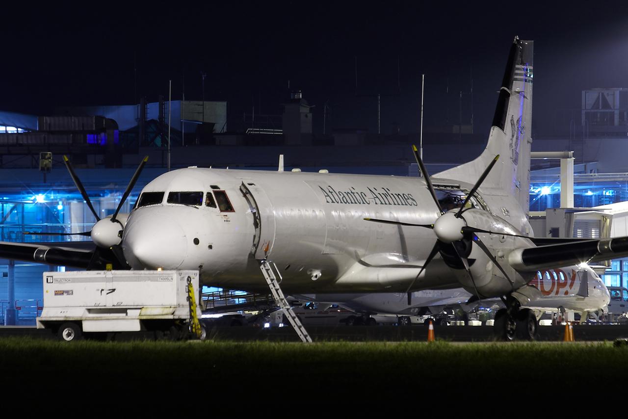 [30/10/2013] Bae ATP (G-BTPF) Atlantic Airlines Dpxt
