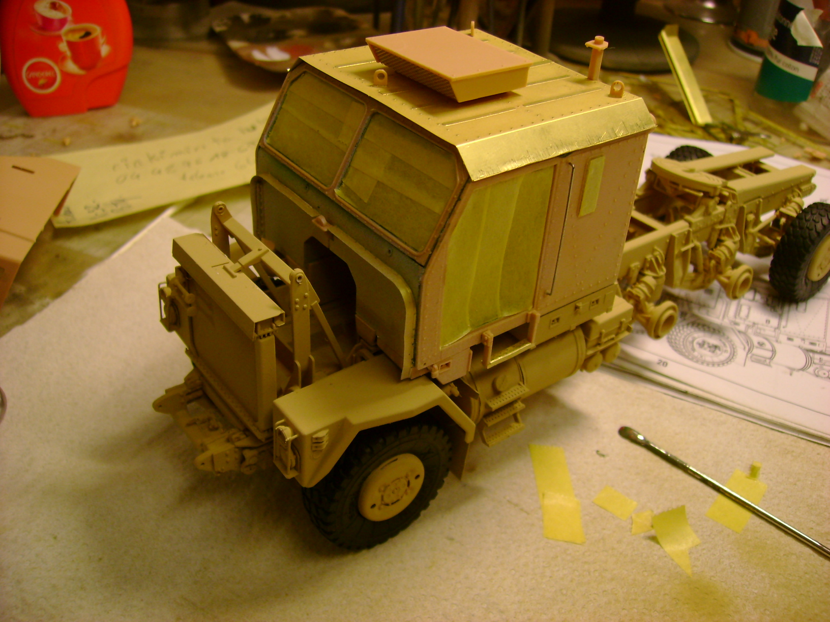 M1070 Truck Tractor & M1000 Semi-Trailer By T-bird!!!!! 1/35 Hobby Boss.Up du01/02.... - Page 4 109tw