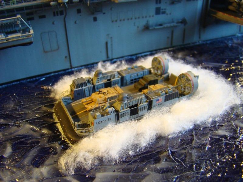USS WASP LHD-1 1/350 Revell  Dsc09187f