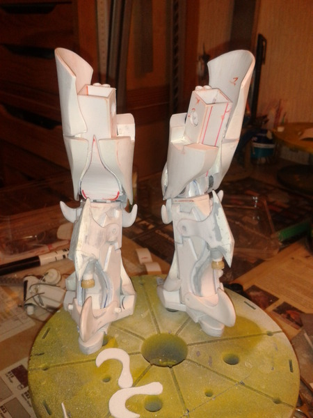 Full Scratch Robot de combat de type Gundam ....... up du 08/01/15... T9VEZj