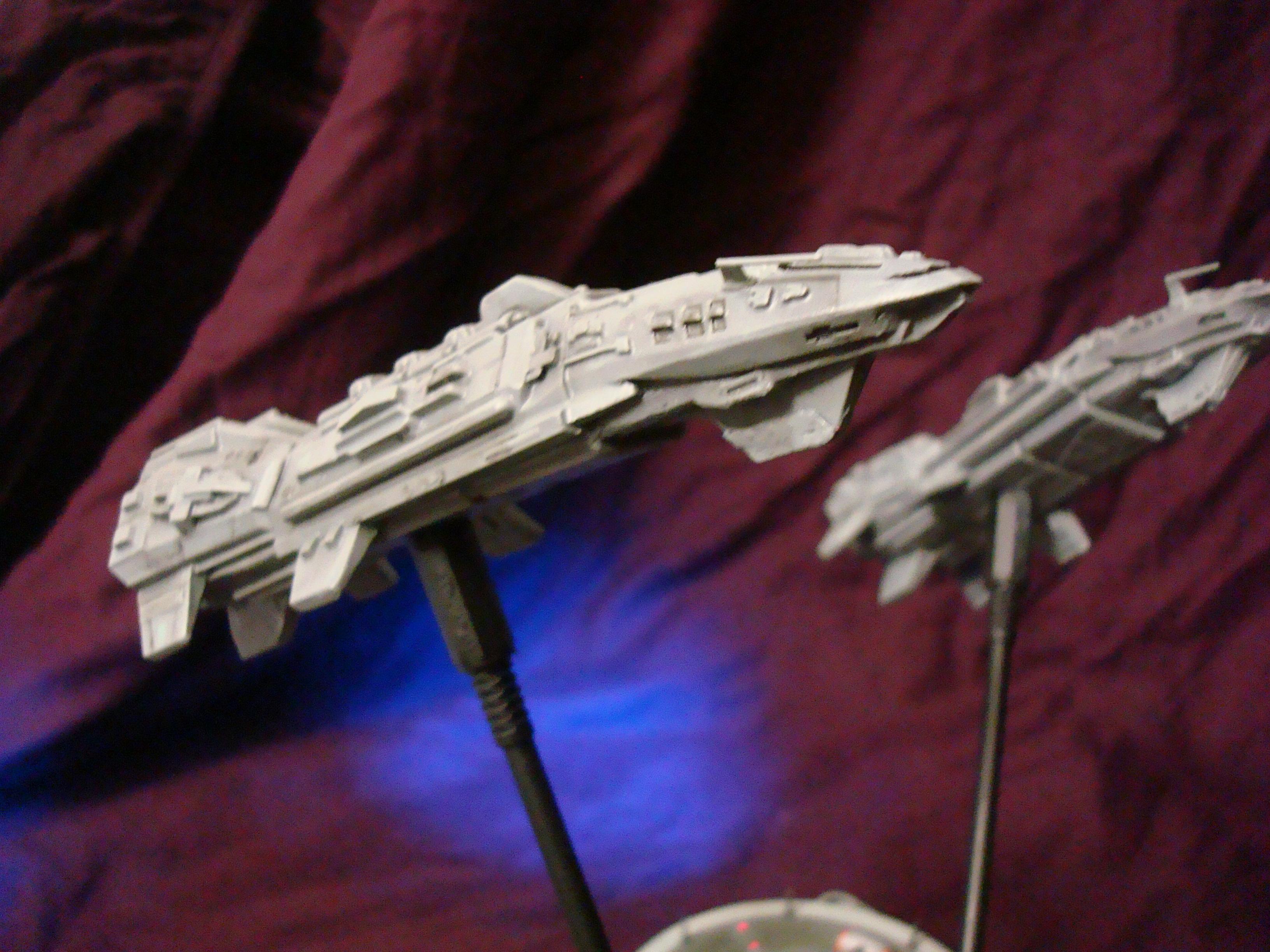 Une paire de croiseurs Tartans (1/2556e) GnlBCu