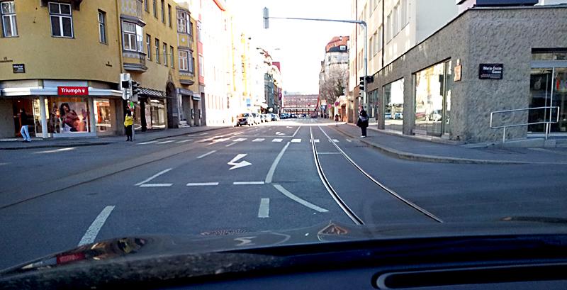 Innsbruck, Τirol Αυστριας παρεα με το 3490 για 2000 χιλιομετρα Nttj