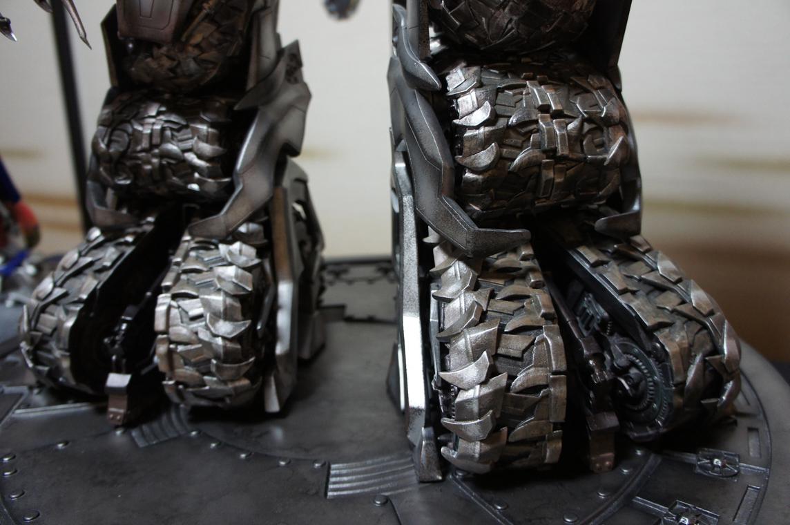 [Prime1Studio] Transformers: Revenge of The Fallen: Megatron Polystone Statue - Página 2 Obuh