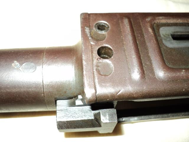PISTOLET MITRAILLEUR DE 9 mm (MODELE 1949) Dsc00014nt