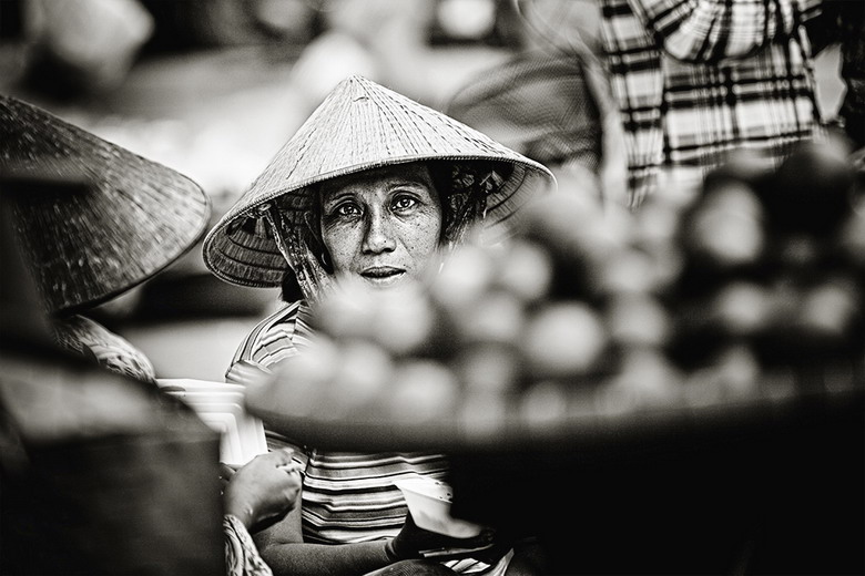 Sắc thái đối nghịch của phụ nữ Việt Y1sh