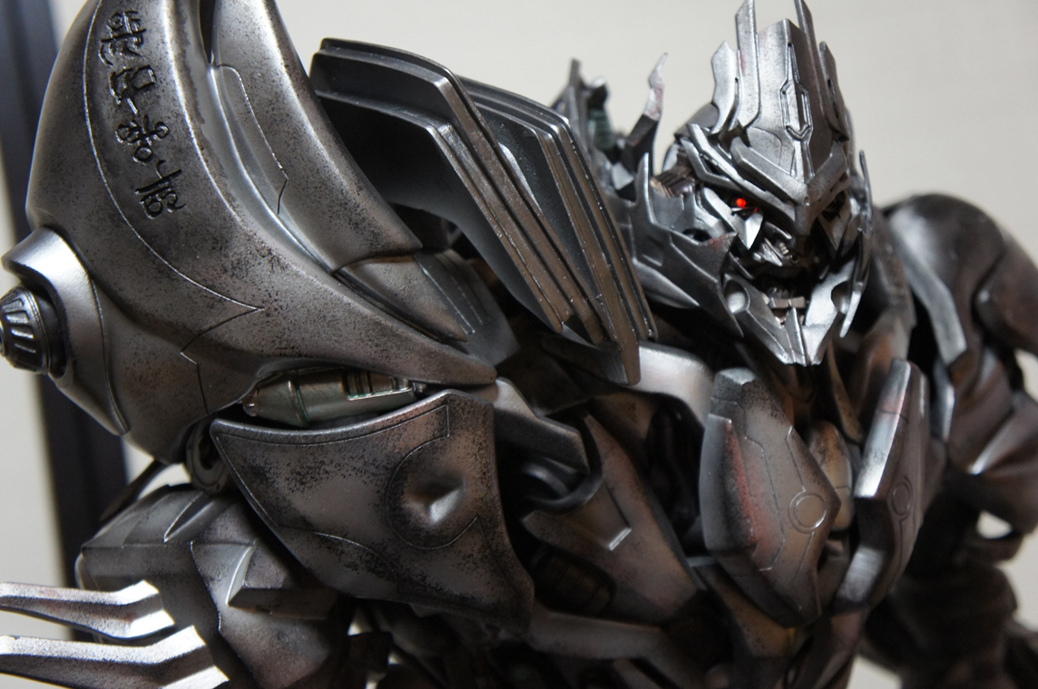 [Prime1Studio] Transformers: Revenge of The Fallen: Megatron Polystone Statue - Página 2 Z76z