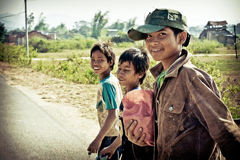 Hình ảnh Người Mẹ nghèo Hinhanhnguoimengheo15