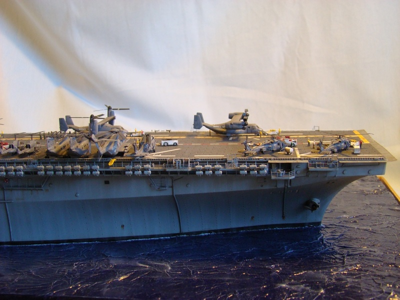 USS WASP LHD-1 1/350 Revell  Dsc09184o