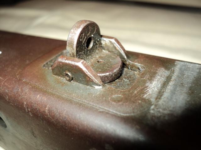 PISTOLET MITRAILLEUR DE 9 mm (MODELE 1949) Dsc00012qc
