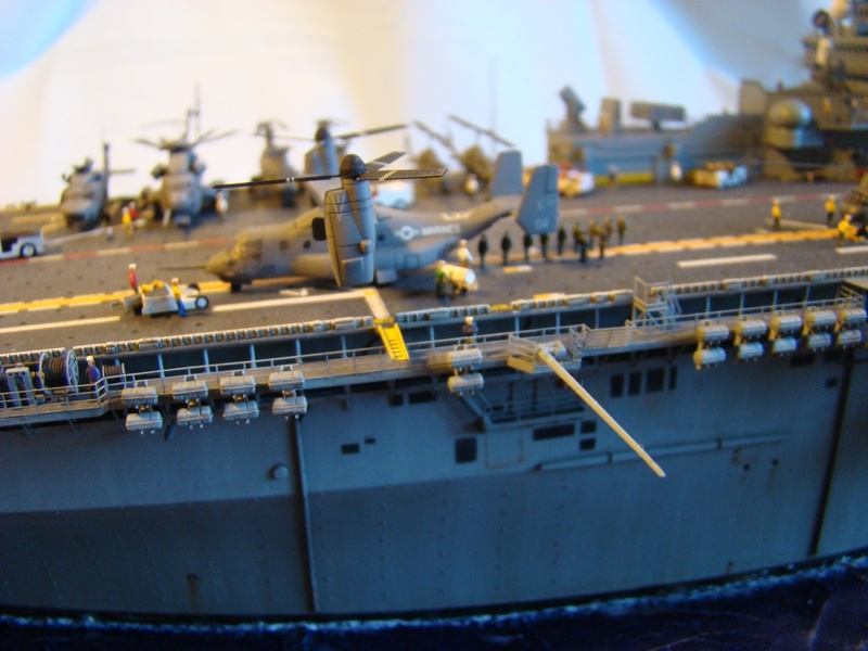 USS WASP LHD-1 1/350 Revell  Dsc09169l