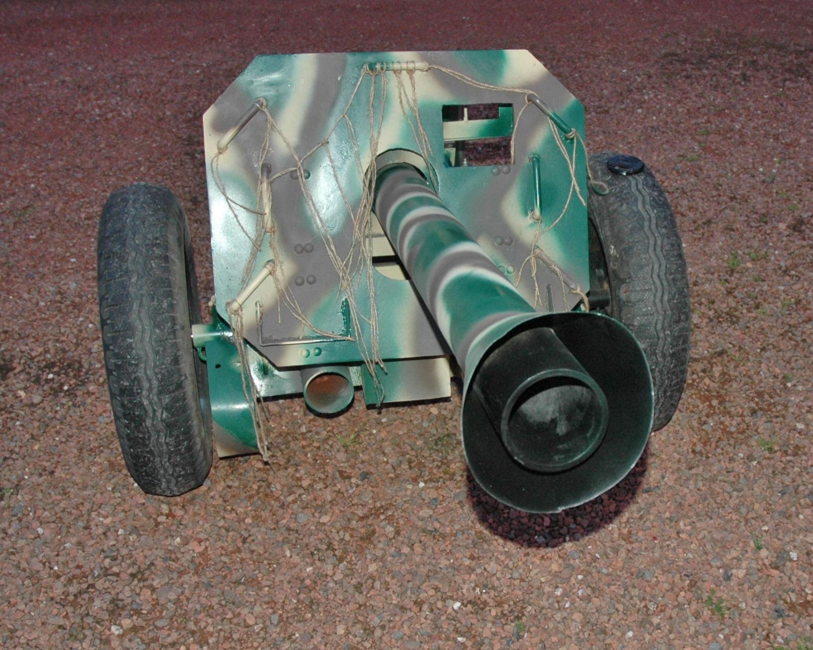 8.8 cm Raketenwerfer 43 - Page 2 Dsc0037qy