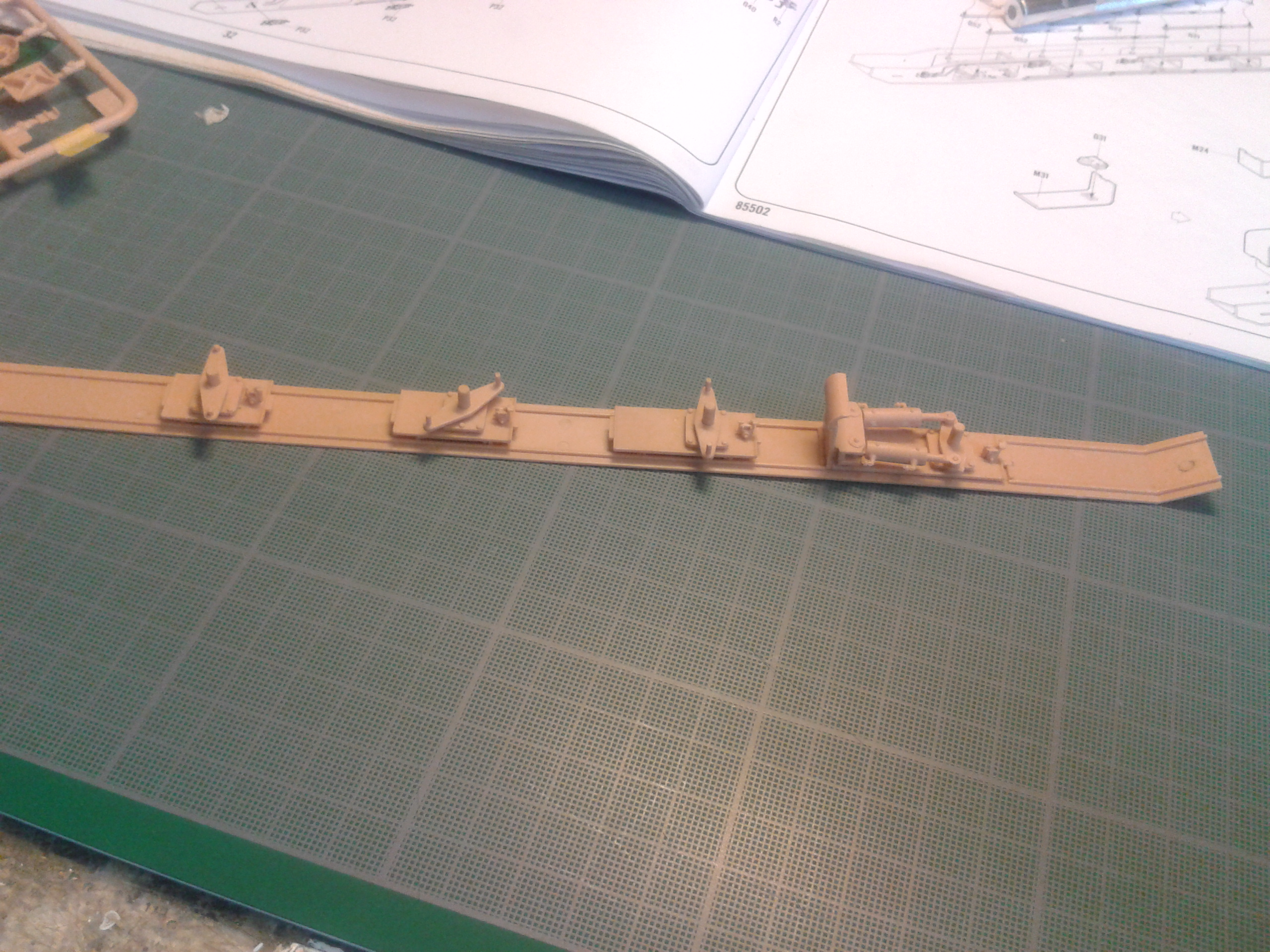 M1070 Truck Tractor & M1000 Semi-Trailer By T-bird!!!!! 1/35 Hobby Boss.Up du01/02.... - Page 4 135tp