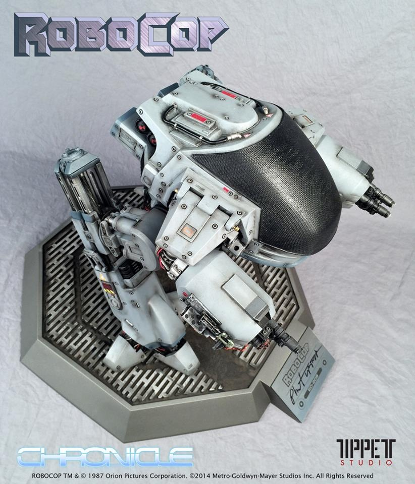 ED-209 par chronicle collectibles Iruo