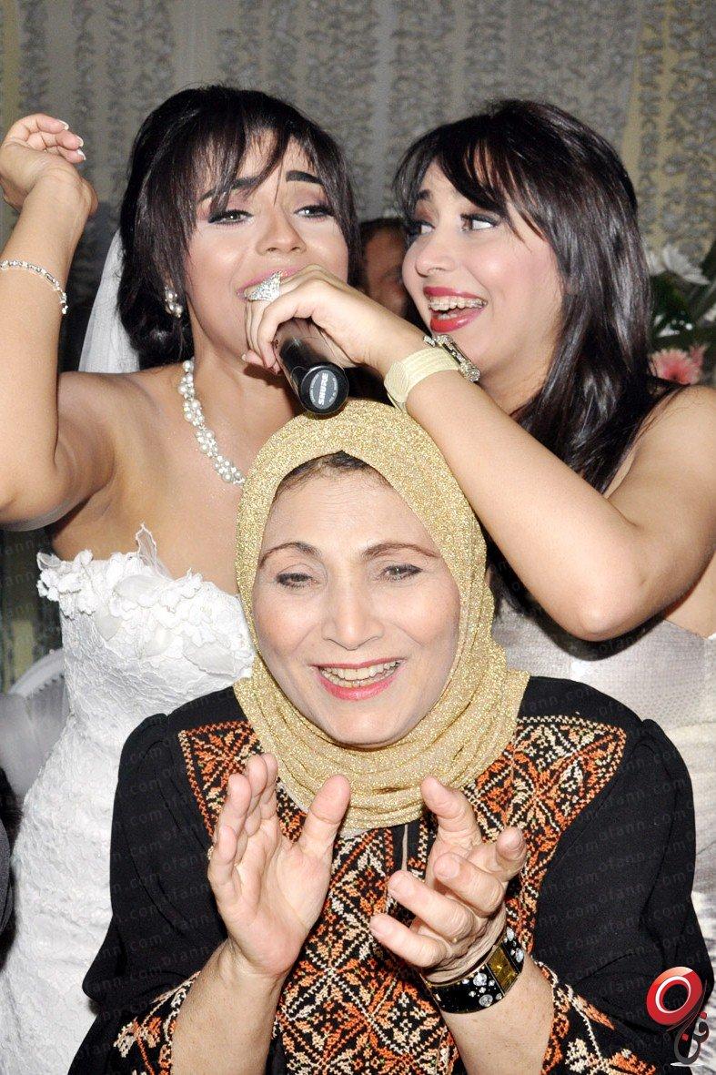 """بالصور : حفل زفاف الغرائب والعجائب للمطربة"""" امينة بتاعة الحنطور"""" ليلة من ليالى الخيال بحضور نجوم مصر  888zg"""