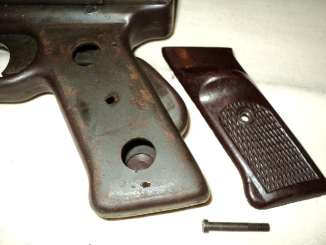 PISTOLET MITRAILLEUR DE 9 mm (MODELE 1949) Dsc00025ii