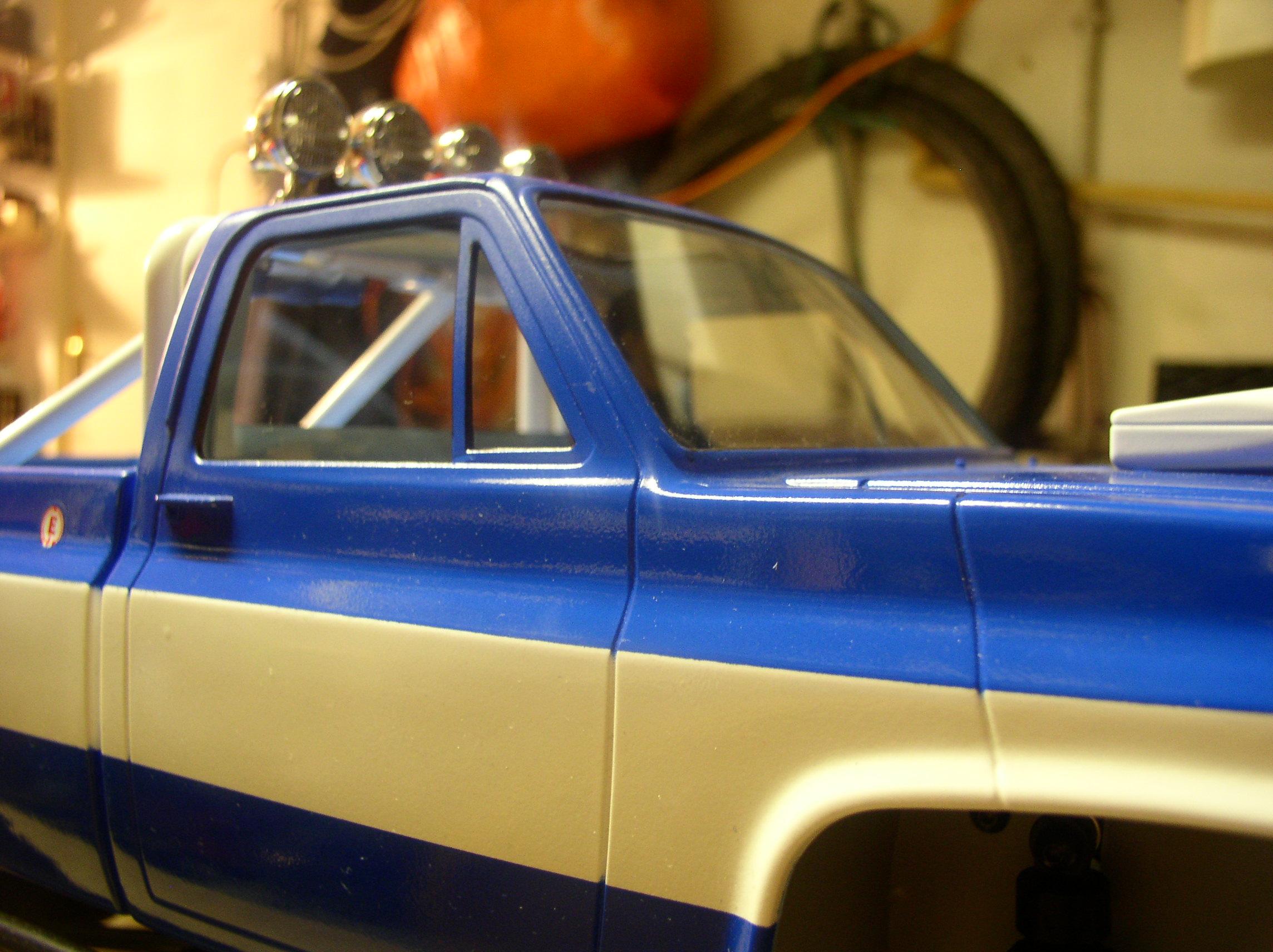 Mon Chevrolet K5, benne rallongée  (châssis SCX10)  Vitresparebrise1