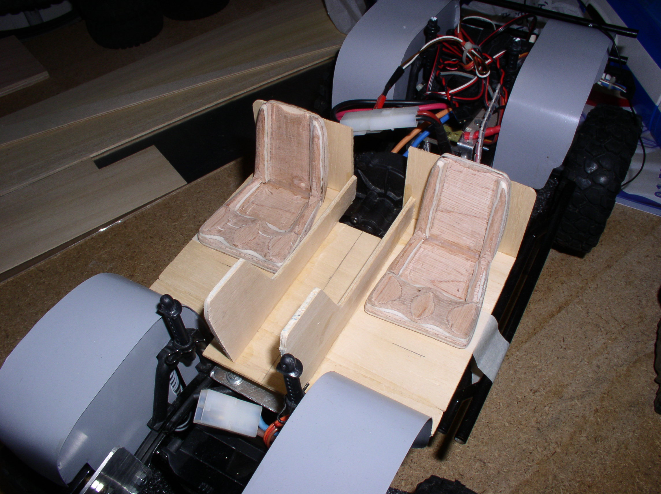 Mon Chevrolet K5, benne rallongée  (châssis SCX10)  Siges