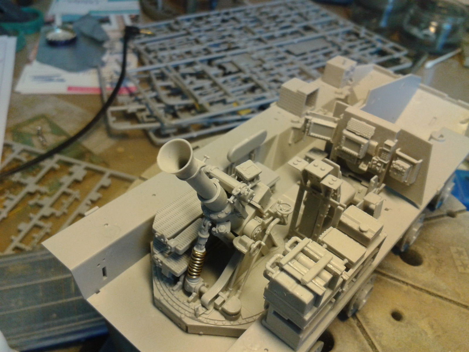 Stryker M1129 Mortar Carrier MC-B ...Montage terminé !!!! 20130511114133