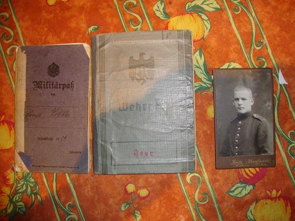 Traduction militarpass et wehrpass d'un suisse ayant combattu pour les allemands Dsc02053n