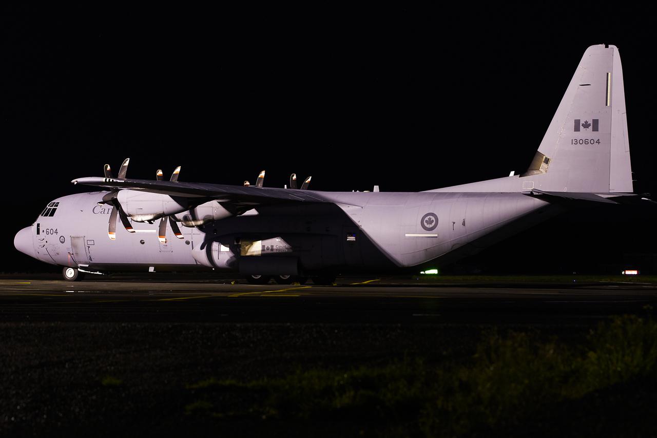 [14-15/11/2013] Lookheed Hercules C130J (130604) Canada Air Force 5bgl