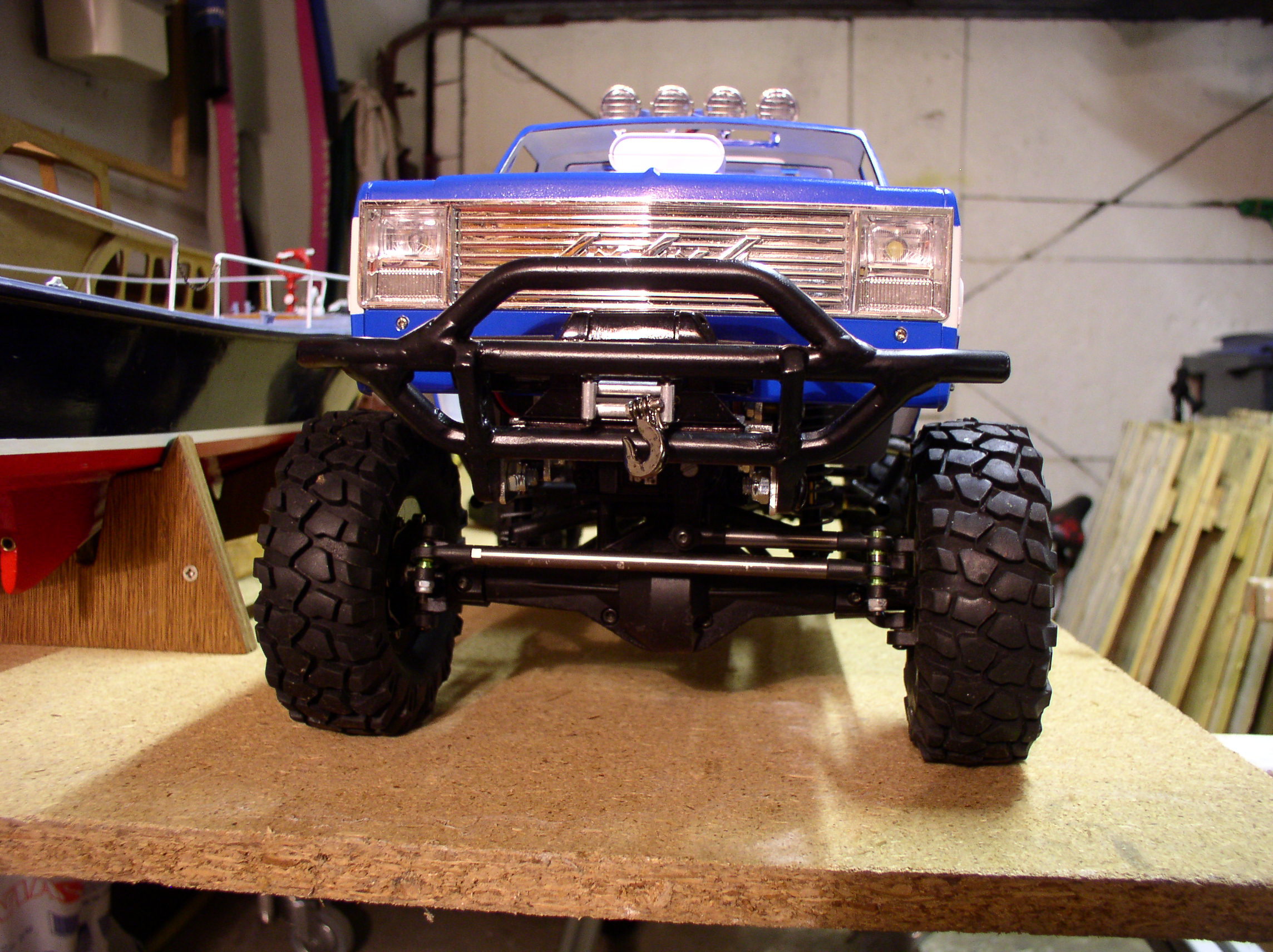 """[ SCX10 Axial ] CHEVROLET K5 Pick-up, benne rallongée.""""TERMINE"""" - Page 3 Treuil1"""