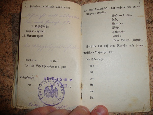 Traduction militarpass et wehrpass d'un suisse ayant combattu pour les allemands Dsc02057r