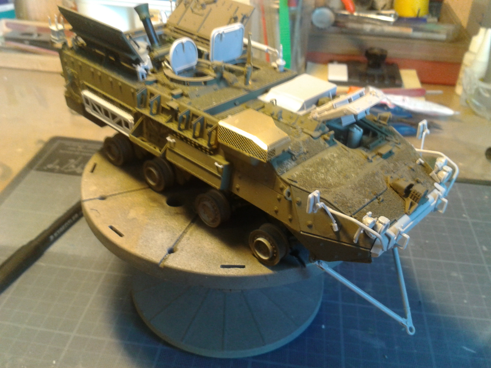 Stryker M1129 Mortar Carrier MC-B ...Montage terminé !!!! - Page 2 29u6