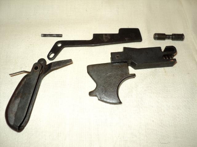 PISTOLET MITRAILLEUR DE 9 mm (MODELE 1949) Dsc00032cu