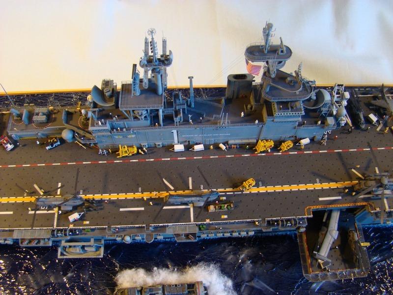 USS WASP LHD-1 1/350 Revell  Dsc09188v