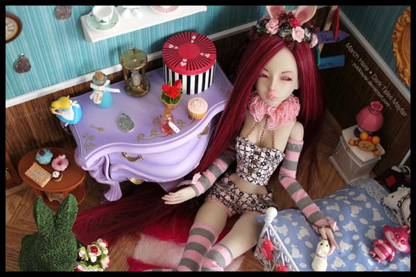 Dollhouse et Diorama de Chiisa - Photos diorama Alice (p7) - Page 7 25a4ga