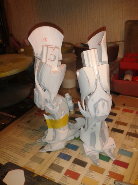 Full Scratch Robot de combat de type Gundam ....... up du 08/01/15... IBtnRq