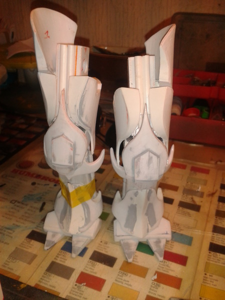 Full Scratch Robot de combat de type Gundam ....... up du 08/01/15... Qi8NOi