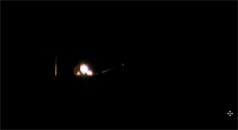 2016: le 15/08 à 23h48 - Lumière étrange dans le ciel  -  Ovnis à Erdeven - Morbihan (dép.56) IyTwUC