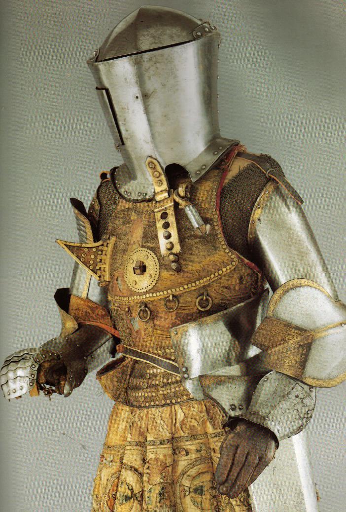 Armaduras y armas de los caballeros AQ4KYU