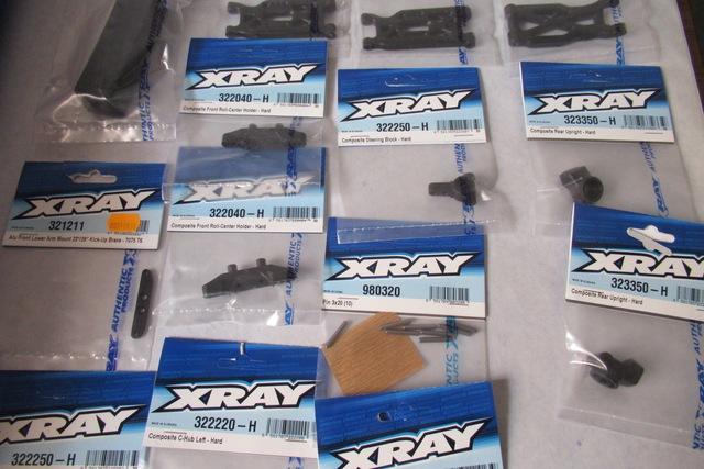 Lot de pièces xray xb2 . Neuf ( VENDU ) BZEjCs