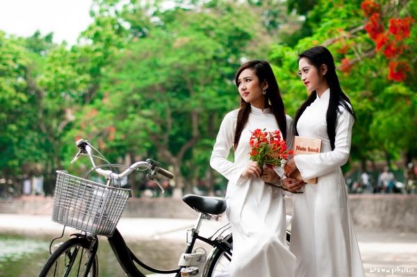 Thơ Thanh Trắc Nguyễn Văn (toàn tập) - Page 3 UUyxTV