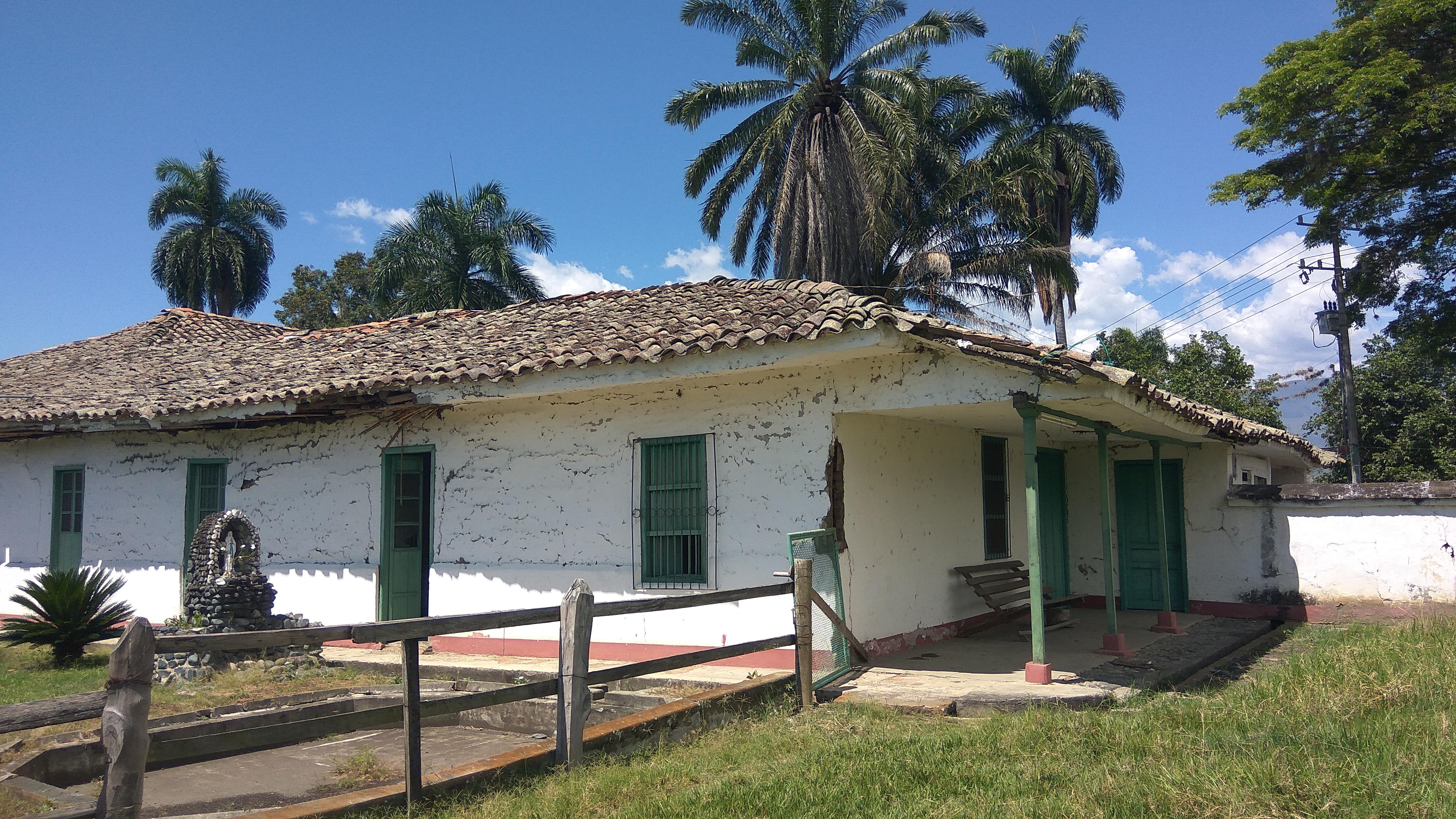 Hacienda Antigua Colombia Intacta  FBe39b