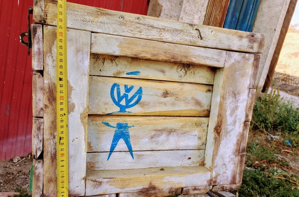 Baul artesanal para furgo o taller UaxluF