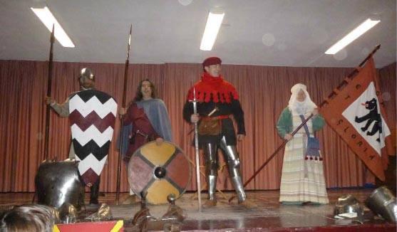 """Clase medieval infantil en el Colegio """"Ciudad de Valencia"""" (Madrid) GbXioJ"""