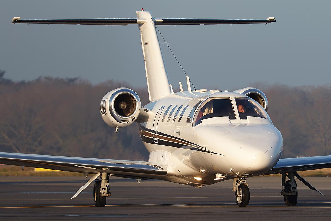 [BIZ JETS] L'Aviation d'Affaires de 2017...   1qpphp